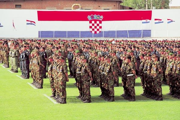 28. svibnja – Dan Oružanih snaga Republike Hrvatske (OSRH) i Dan Hrvatske kopnene vojske (HKoV)