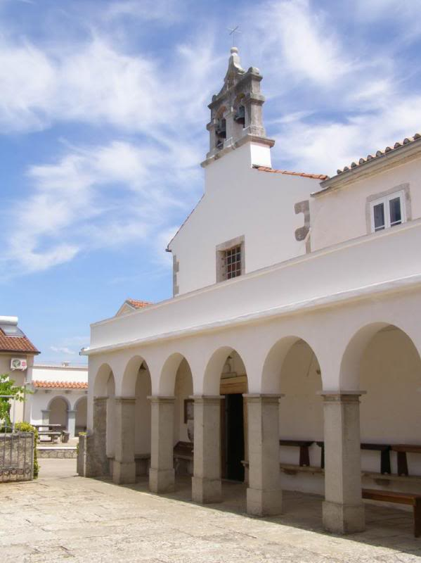 Zlatomisničko slavlje i blagoslov obnovljenog samostana u Portu