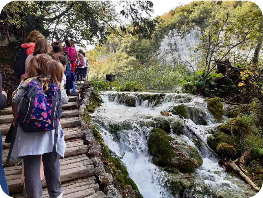 Učenici četvrtih razreda u posjeti JUNP Plitvička jezera