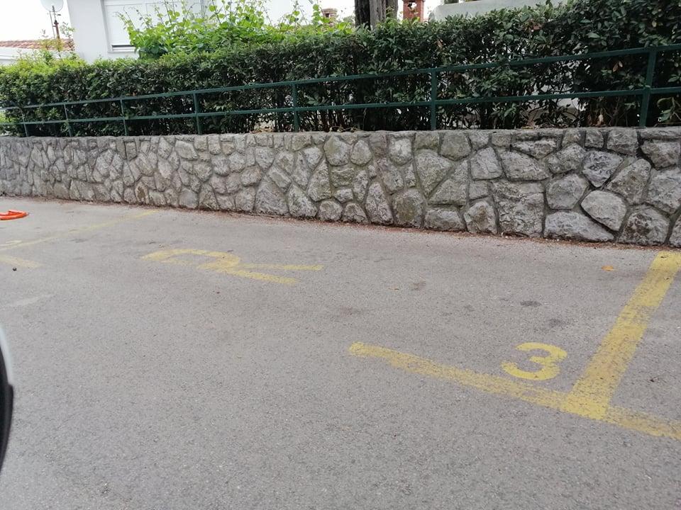 Rezervirana parkirna mjesta