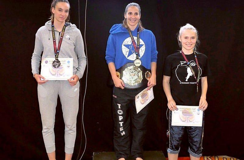 Ela Znaor druga na Europskom kickboxing kupu u Karlovcu